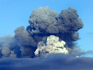 アイスランド噴火火山.jpg